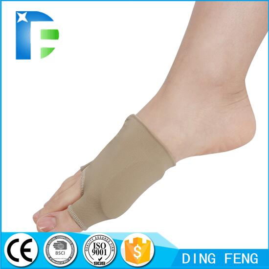 Great Toe Cyst Foot Care Tool , Stretch Nylon Hallux Valgus Guard Cushion Bunion Toe Separator Thumb valgus protector